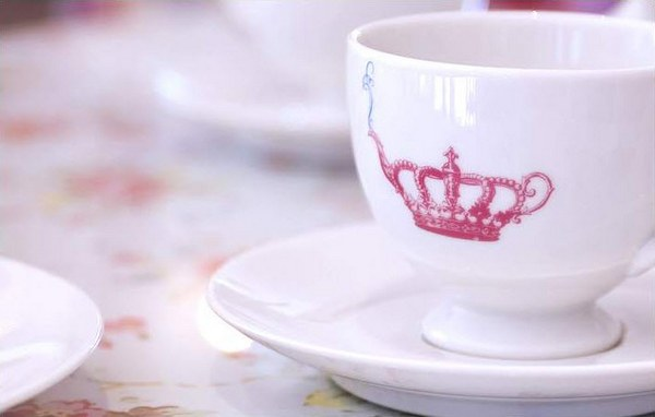 Crown & Crumpet signature teacup