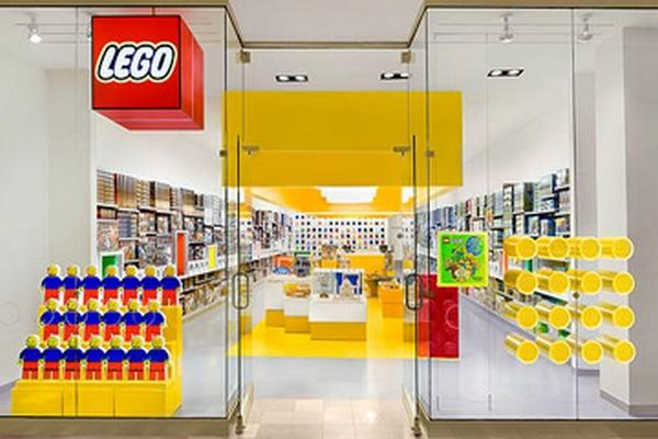 Lego takes a bite of the Big Apple