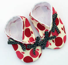 ballerina kimono booties from Etsy seller Cazhoffy