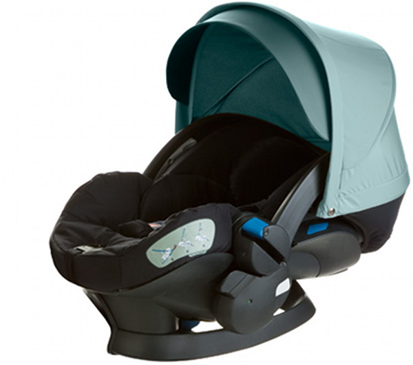 stokke izisleep a car capsule for the v3 xplory. Black Bedroom Furniture Sets. Home Design Ideas