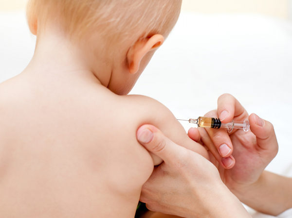http://babyology.com.au/wp-content/uploads/2010/09/vaccination2.jpg