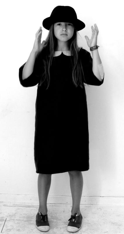 le vestiaire de jeanne fashion as art from france. Black Bedroom Furniture Sets. Home Design Ideas