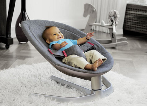 Rockabye baby on the Nuna Leaf bouncer