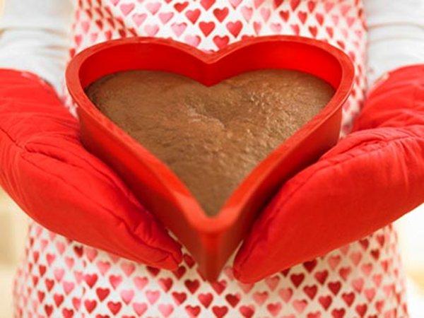 2011 heart cake