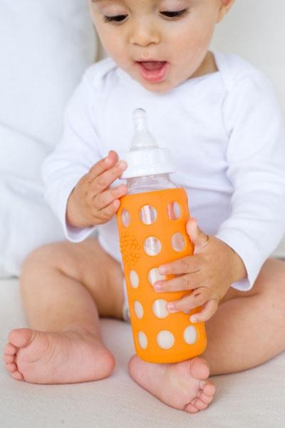 WeeGo glass baby bottle