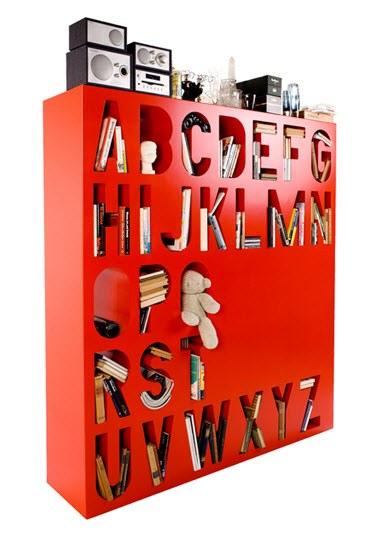 Aakkoset bookshelf by Kawiya
