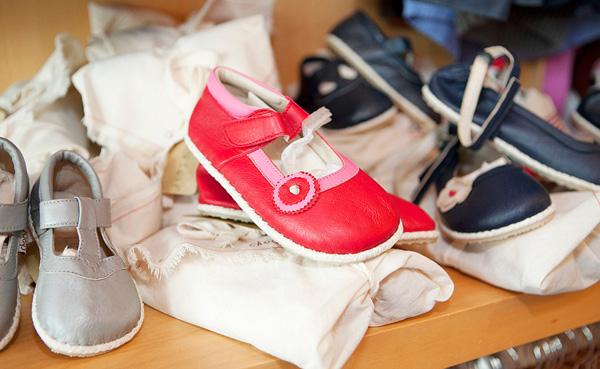 Chook Leaf leather girls shoes