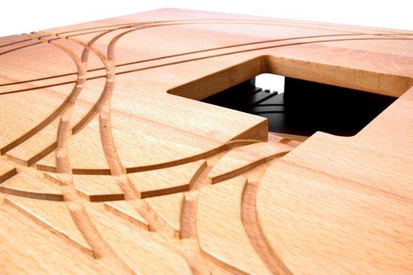 all aboard the tomm velthuis designer train table. Black Bedroom Furniture Sets. Home Design Ideas