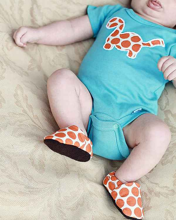 Growing up wild organic baby shoes and onesies
