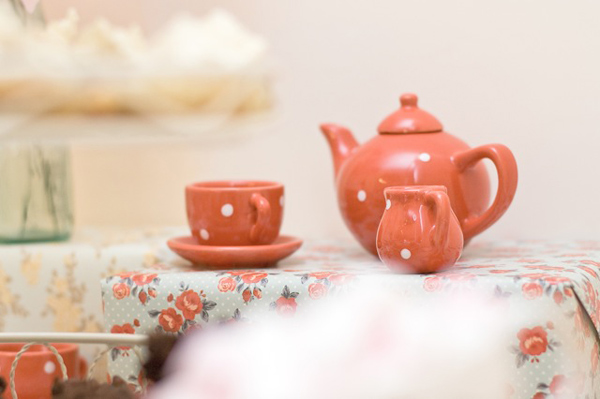 miniature tea set T2