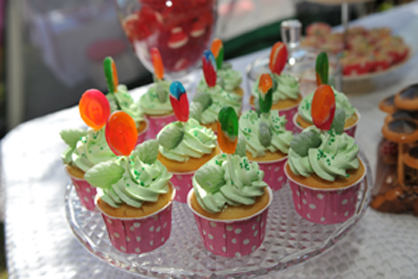 lollipop flower cupcakes
