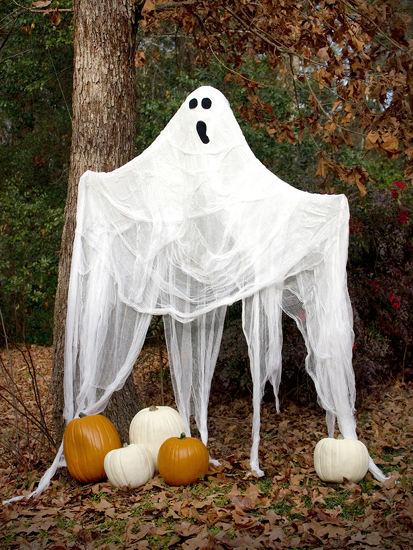 ghost decoration