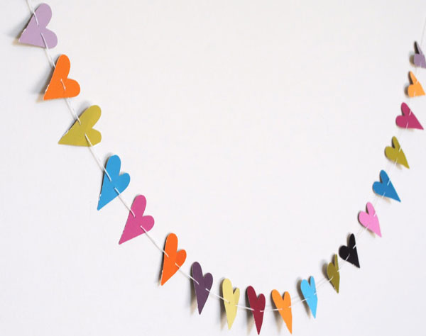 DIY party decorations, heart bunting make your own