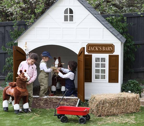New hip kids cubby houses they 39 re available in australia for Golden rule garage door