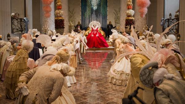Mirror Mirror Snow White 2012