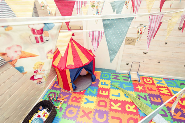 vintage circus carnival party 9 Show us your party   Matteas vintage carnival birthday