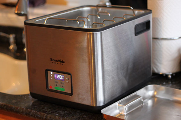 Sous vide supreme with open lid