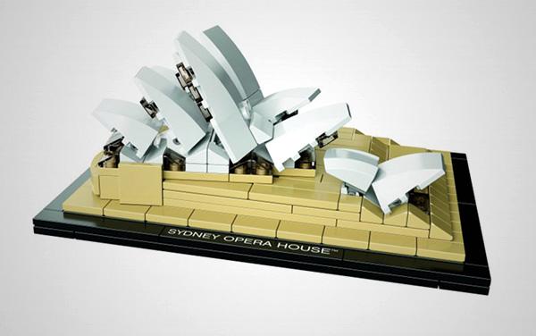 Lego Sydney Opera House2 Sydney Opera House immortalised by Lego Architecture!