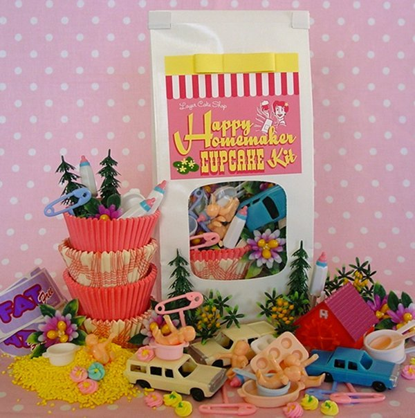 Happy Homemaker cupcake toppers from Lark