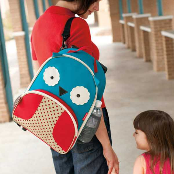 skip hop rolling luggage owl1 Roll up, roll up   its rolling luggage for kids from Skip Hop!