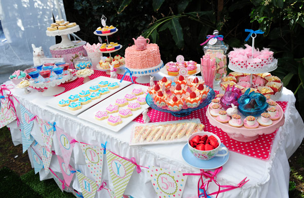 Fun Party Foods All Aussie Kids Need At Their Birthdays That Take