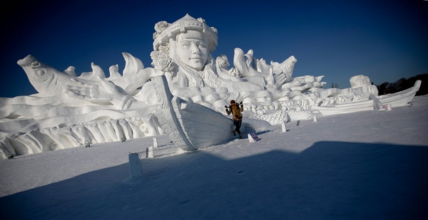 ice and snow world 12 Brrrr! Its the Harbin International Ice and Snow Festival