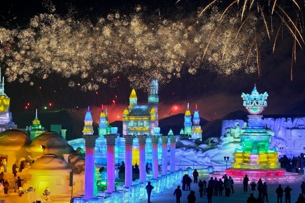 ice and snow world 3 Brrrr! Its the Harbin International Ice and Snow Festival