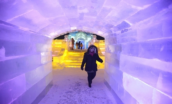 ice and snow world 8 Brrrr! Its the Harbin International Ice and Snow Festival