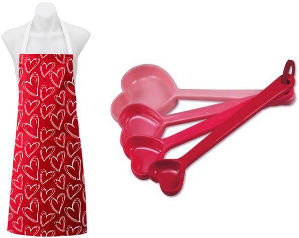 valentines kitchen w Be still my beating heart   Valentines Day 2013