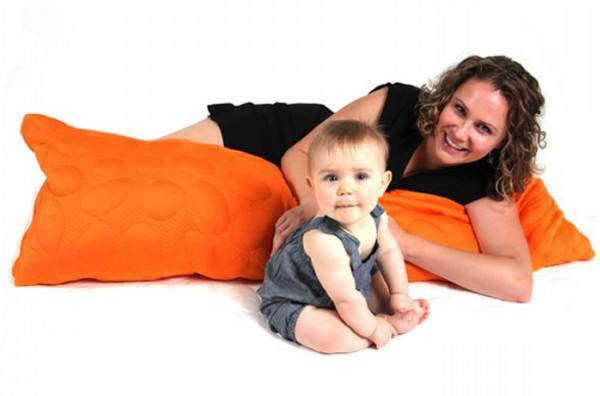 nookpebblepillow Prizeapalooza day 18   Nook Sleep Systems combination from Mantha & You