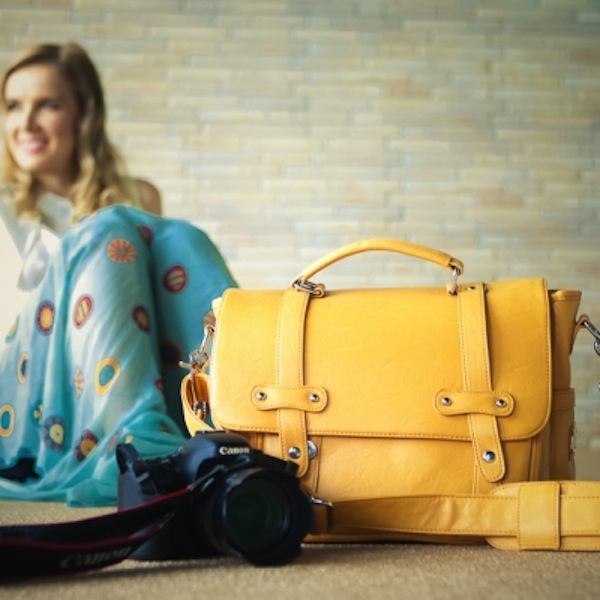Lei Momi Bags Alice Look seriously snappy with Lei Momi camera bags