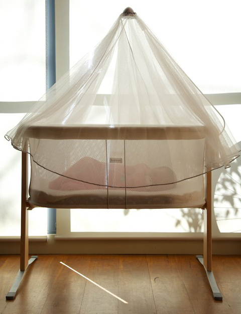 baby sleeping in baby bjorn cradle