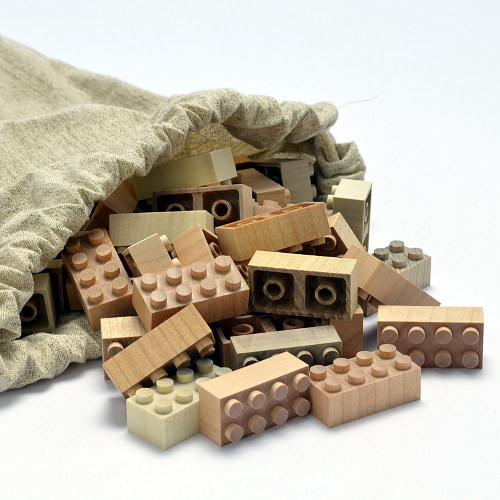 Mokulock wooden building bricks