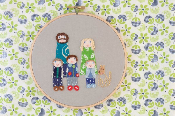 dandelyne 4 Teeny tiny embroidered portraits by Dandelyne