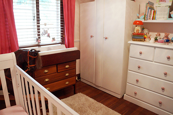 Show us your nursery - Audrey's pretty vintage room