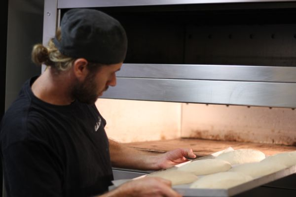 Baking Classes4 What do dads knead this Fathers Day? Bread making classes!