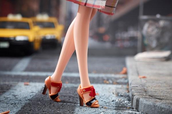 Coach-Barbie-8