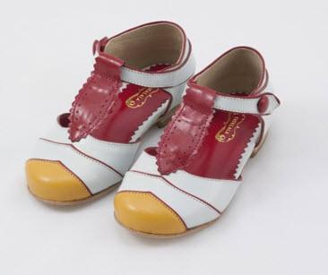 yaya lala 2 Yaya Lala   Brazilian for unbelievably gorgeous shoes for girls