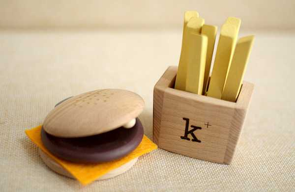 kikoburger Kids hungry for a new musical toy? Try the Kiko+ Hamburger Set