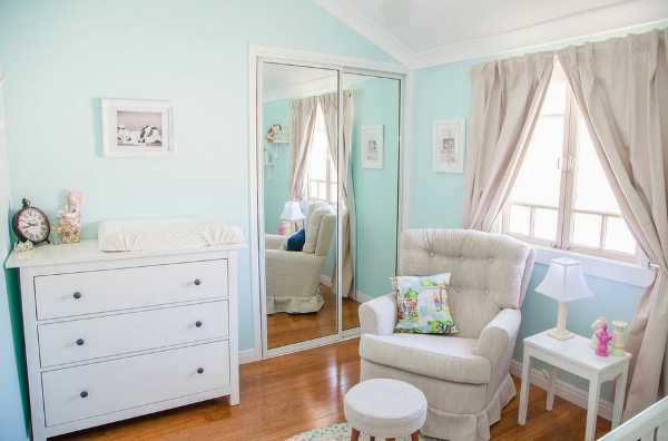 eloiseb Show us your nursery   Eloises Alice In Wonderland room