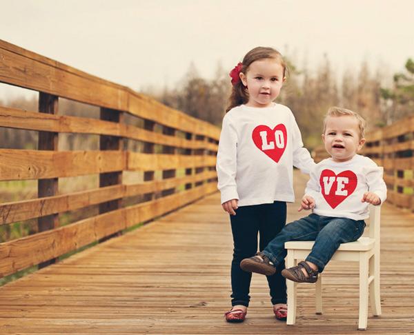 etsy-valentines---love-tshirt