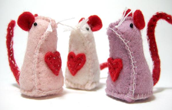 valentines-day-etsy-felt-mice