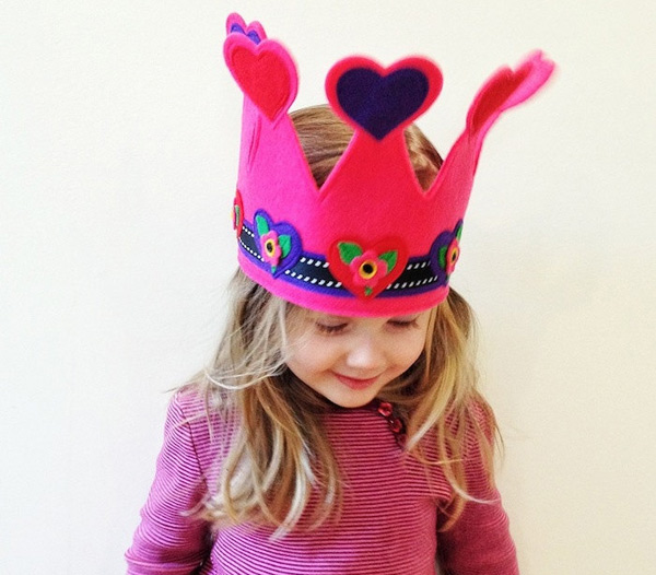 valentines-day-etsy---heart-crown