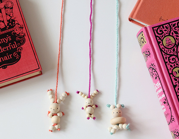 bunny bead bookmarks, stylish easter craft ideas for kids