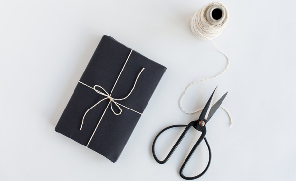 knot-and-bow-chalkboard-paper-web