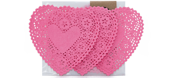 knot-and-bow-paper-doilies-web