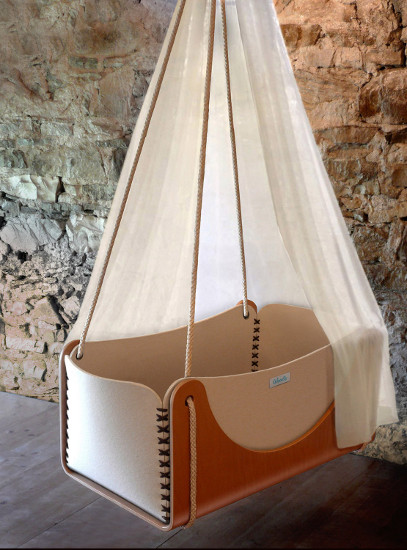 Hanging eco cradle from Woodly Etsy
