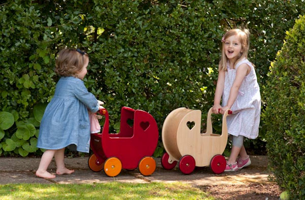 moover dolls pram 8 of the best dolls' prams for pretend play