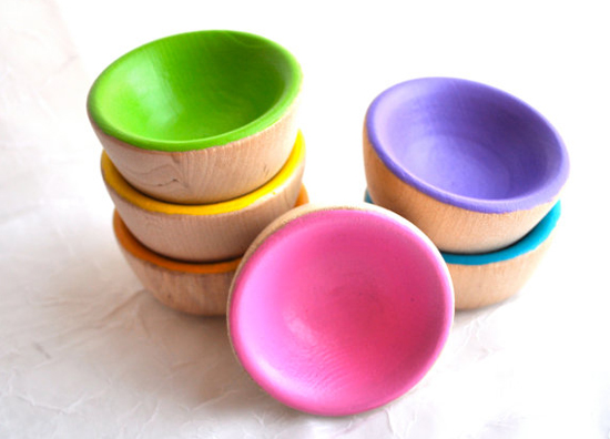 wooden sorted bowls