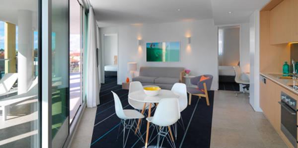 adina-bondi-beach-apartment-hotel-two-bedroom-lounge-6-2013